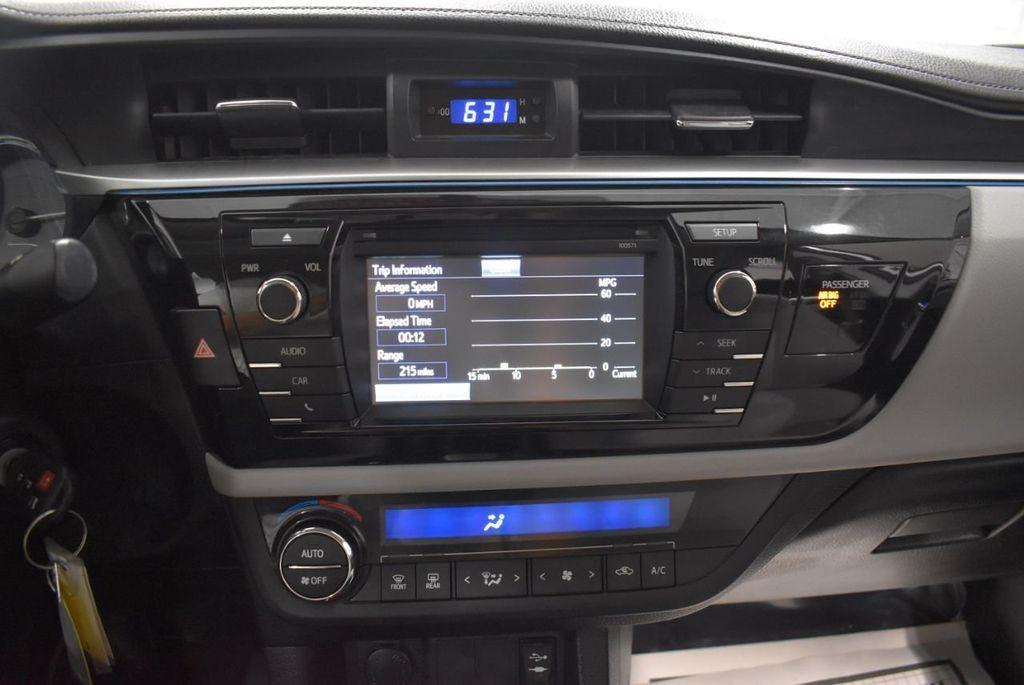 2016 Toyota Corolla LE - 18436050 - 18