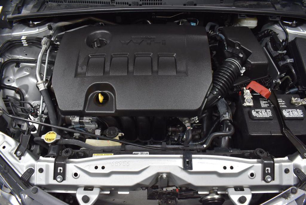 2016 Toyota Corolla LE - 18436050 - 23