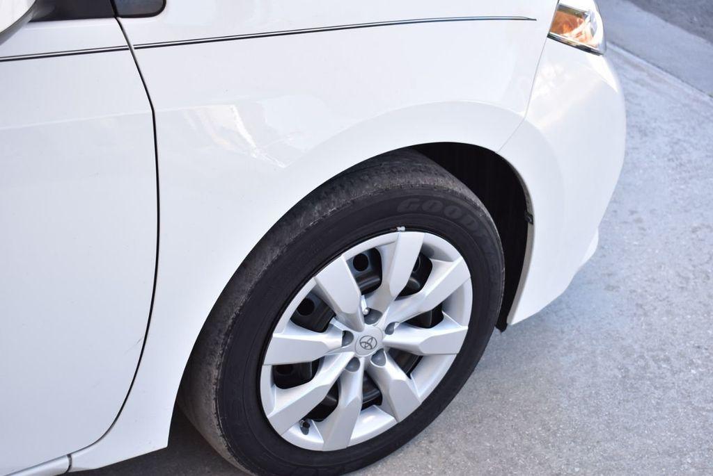 2016 Toyota Corolla LE - 18497667 - 9