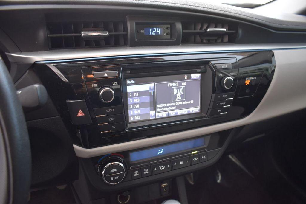 2016 Toyota Corolla LE - 18497667 - 12