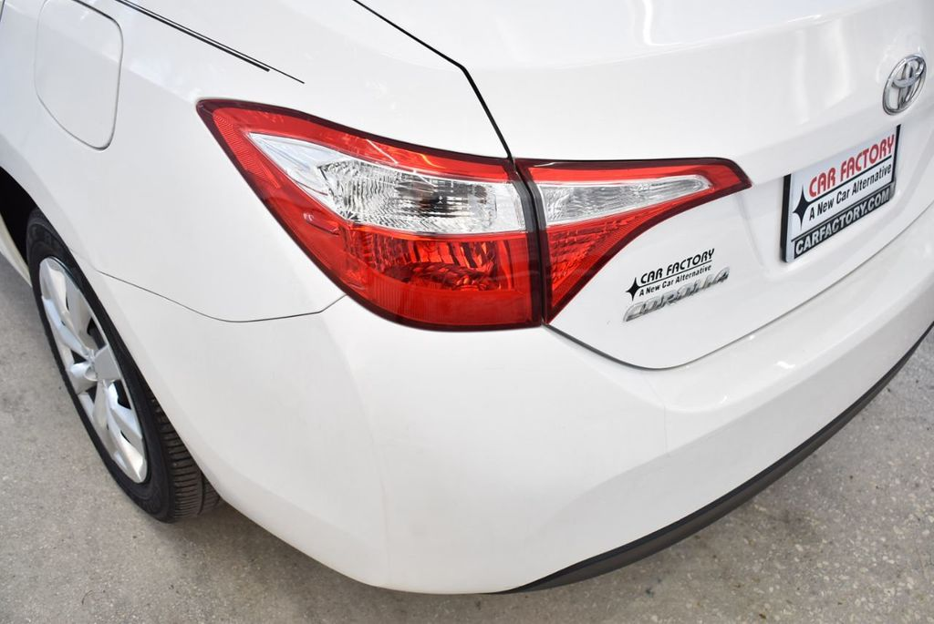 2016 Toyota Corolla LE - 18497667 - 5