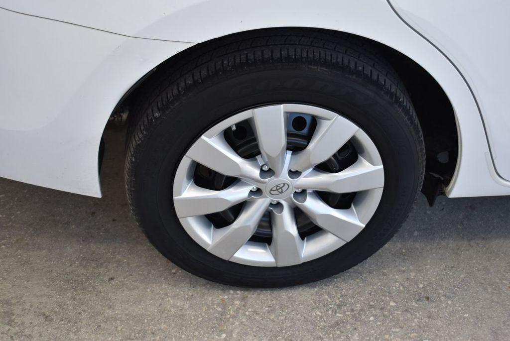 2016 Toyota Corolla LE - 18497667 - 8