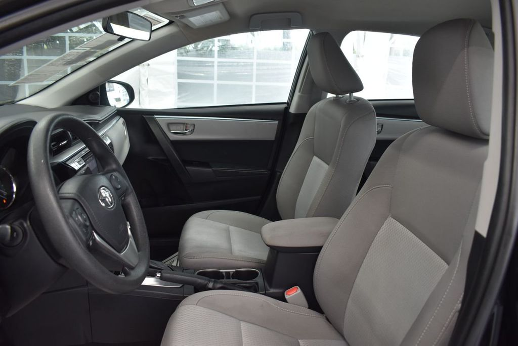 2016 Toyota Corolla LE - 18365129 - 14