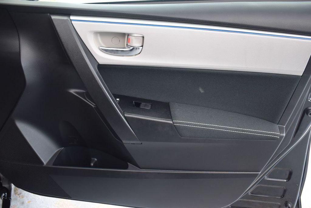 2016 Toyota Corolla LE - 18365129 - 18