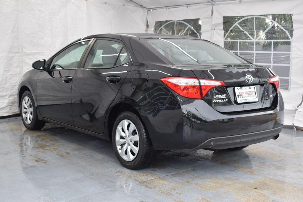 2016 Toyota Corolla LE - 18365129 - 5