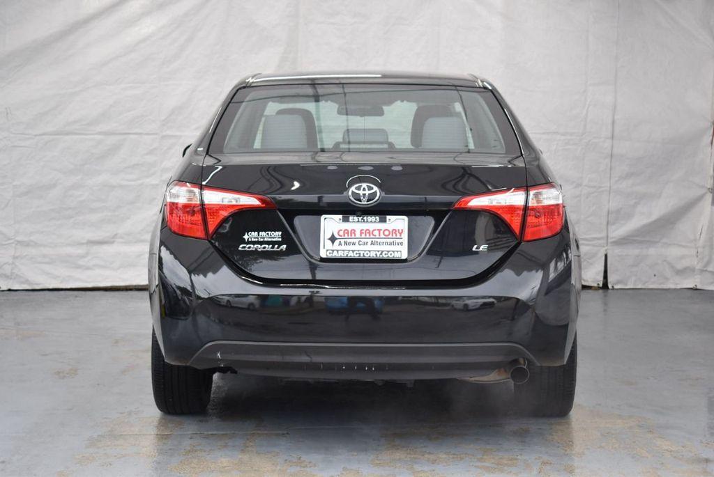 2016 Toyota Corolla LE - 18365129 - 7