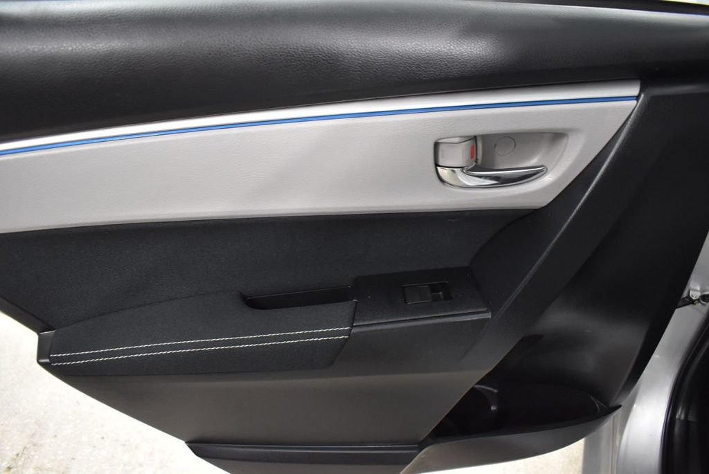 2016 Toyota Corolla LE - 18497669 - 12