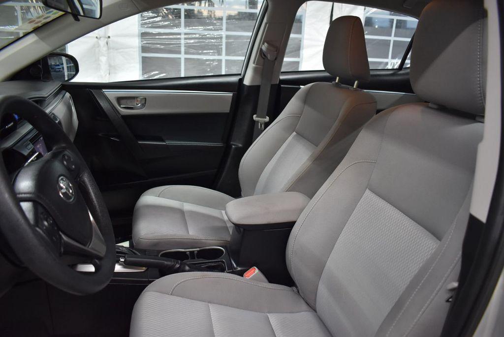 2016 Toyota Corolla LE - 18497669 - 14