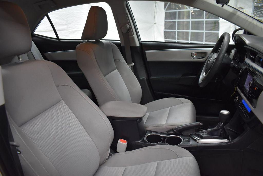 2016 Toyota Corolla LE - 18497669 - 24