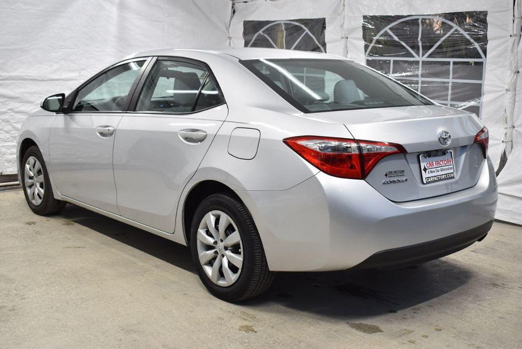2016 Toyota Corolla LE - 18497669 - 4