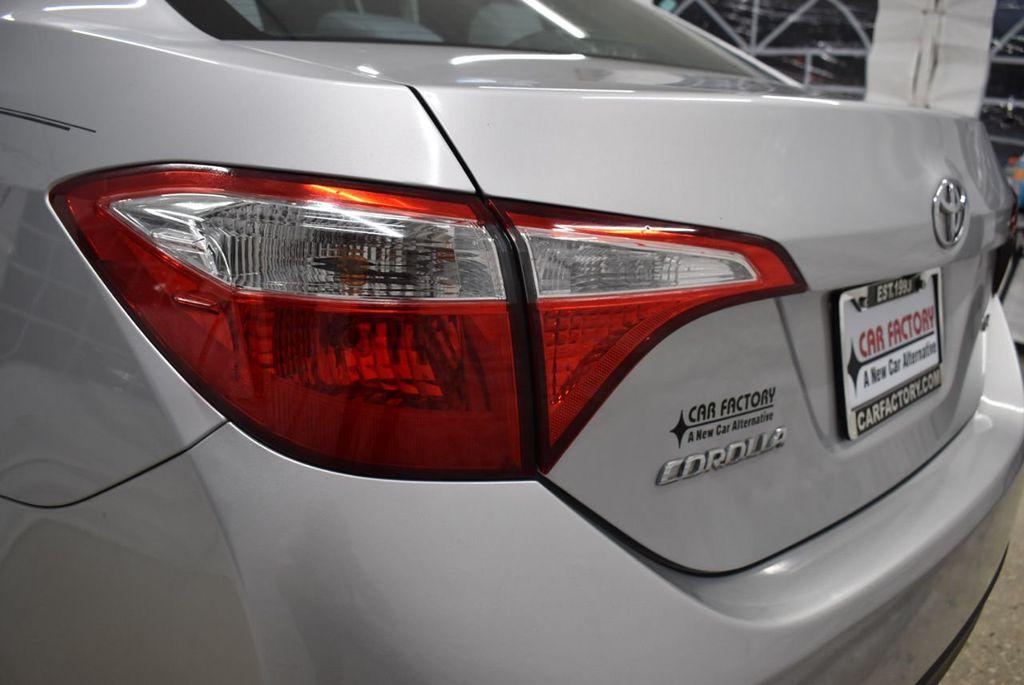 2016 Toyota Corolla LE - 18497669 - 5