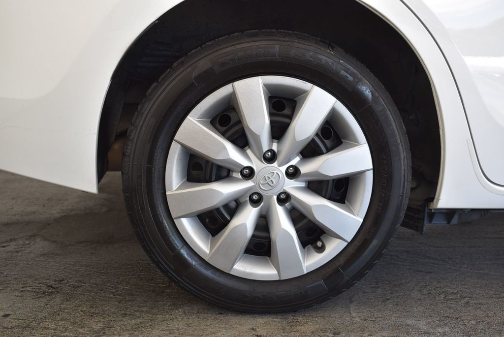 2016 Toyota Corolla S - 18144637 - 9