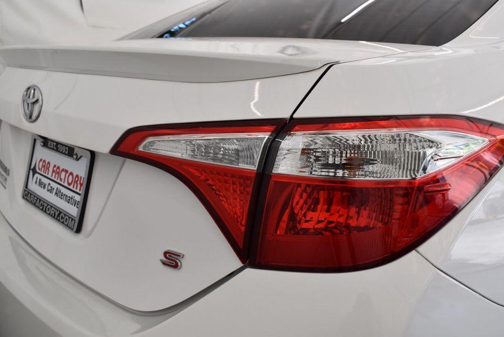 2016 Toyota Corolla S - 18144637 - 1