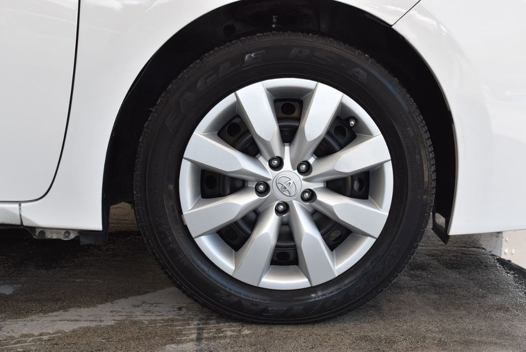 2016 Toyota Corolla S - 18144637 - 8