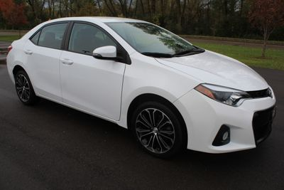 2016 Toyota Corolla S PLUS W/NEW TIRES ONE OWNER  Sedan