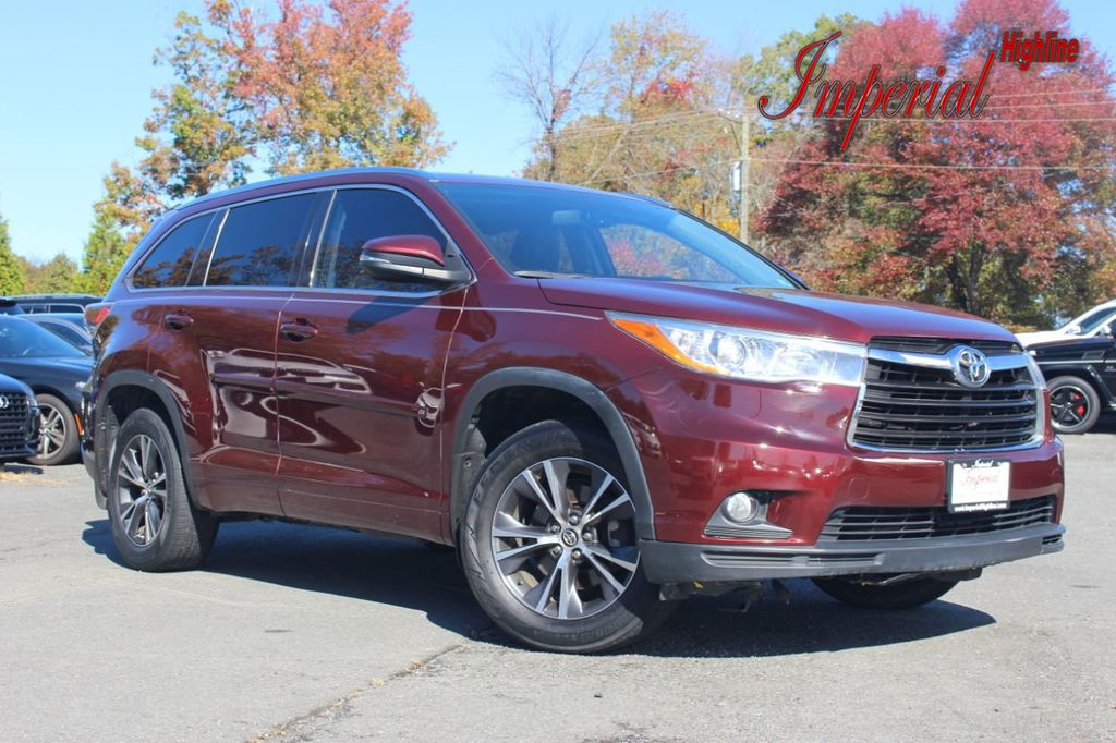 Dealer Video - 2016 Toyota Highlander AWD 4dr V6 XLE - 19386756
