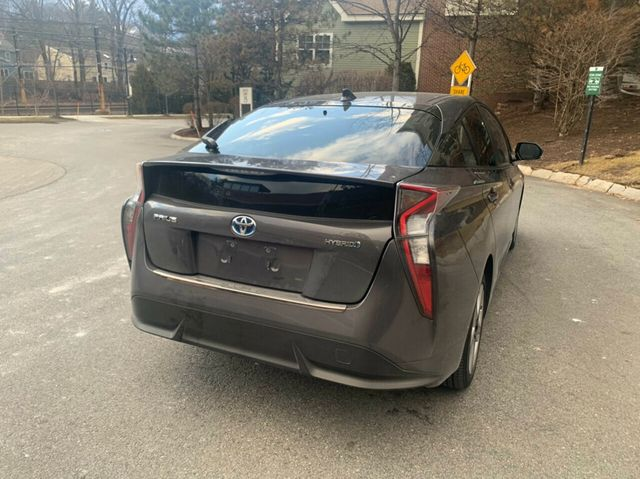 2016 Toyota Prius 5dr Hatchback Four - Click to see full-size photo viewer