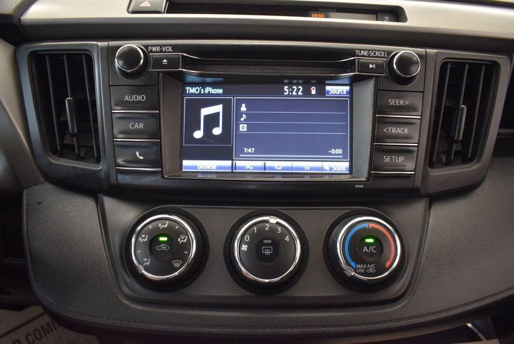 2016 Toyota RAV4 AWD 4dr LE - 18056363 - 21