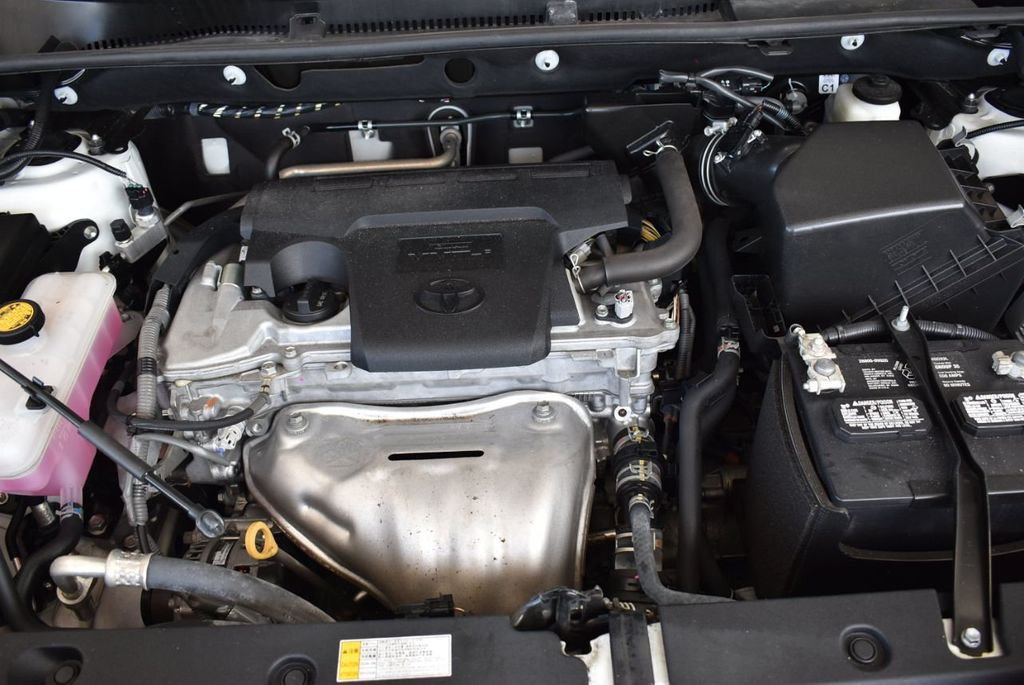 2016 Toyota RAV4 AWD 4dr LE - 18056363 - 26
