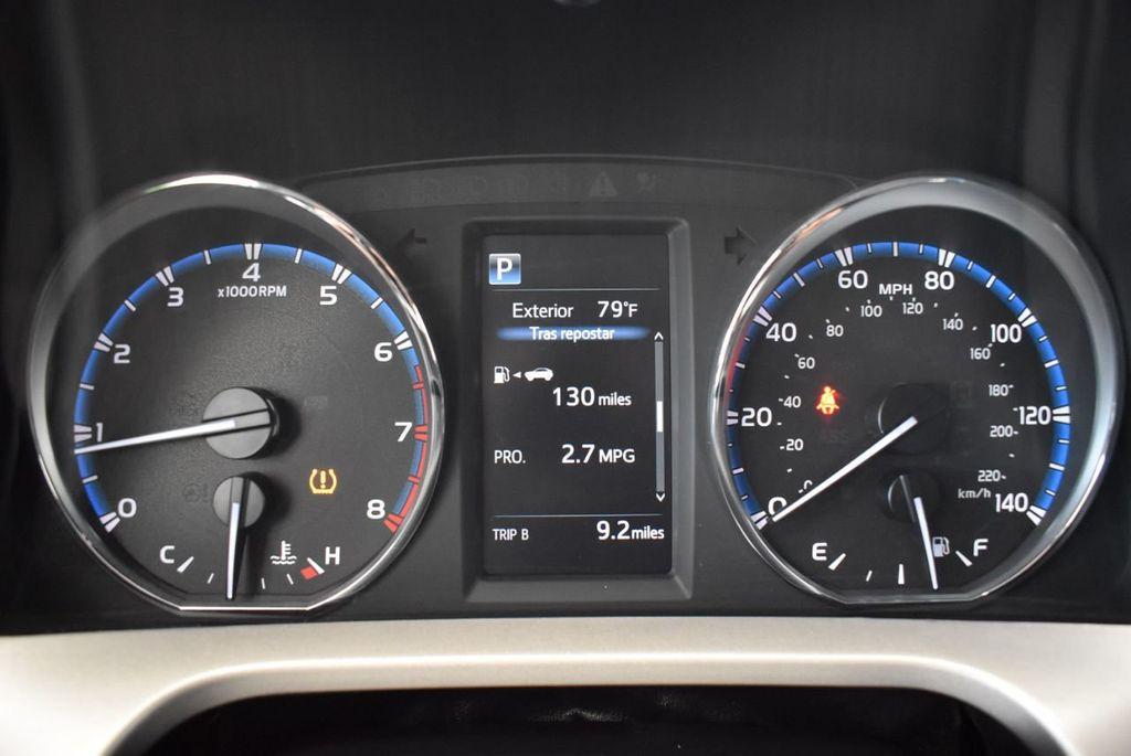 2016 Toyota RAV4 FWD 4dr XLE - 18194304 - 16
