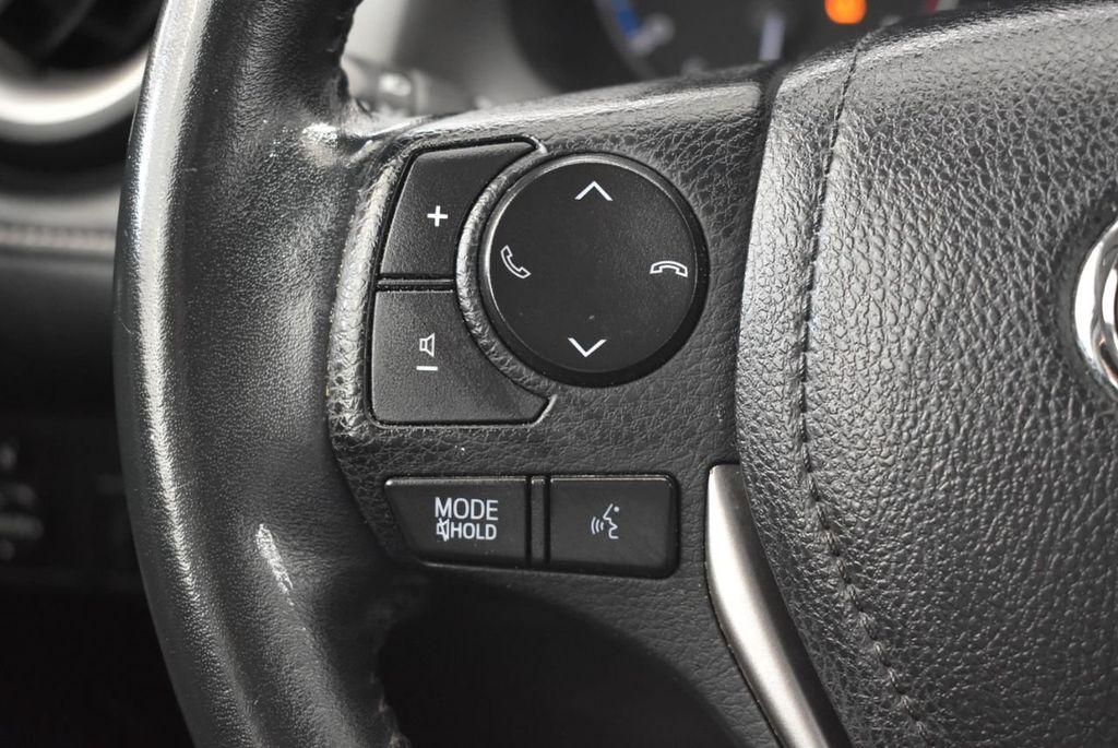 2016 Toyota RAV4 FWD 4dr XLE - 18194304 - 19