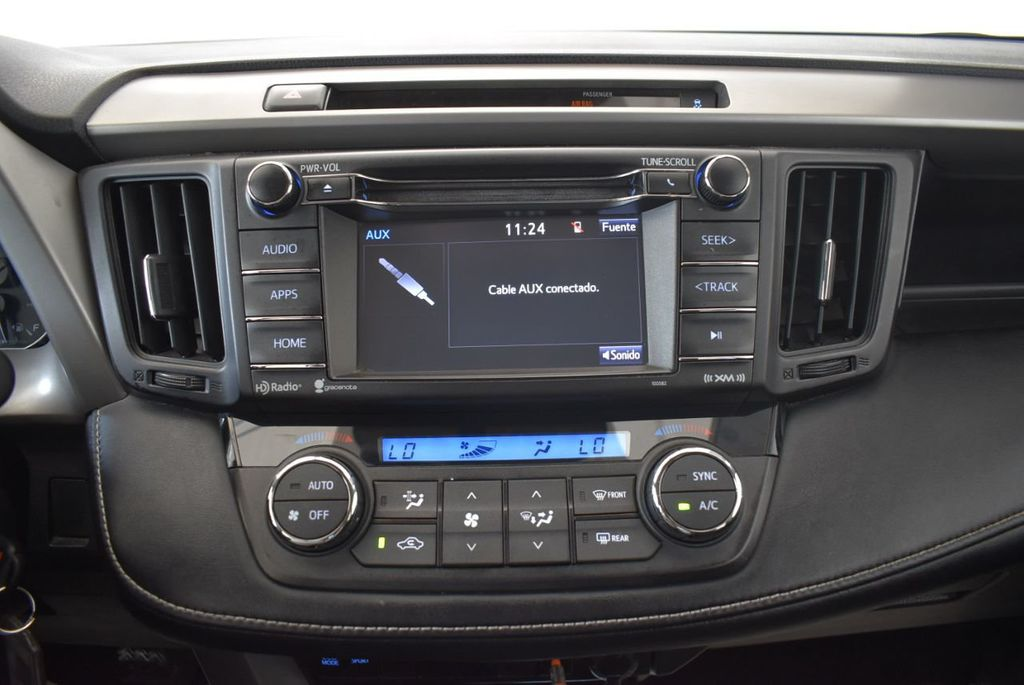 2016 Toyota RAV4 FWD 4dr XLE - 18194304 - 20