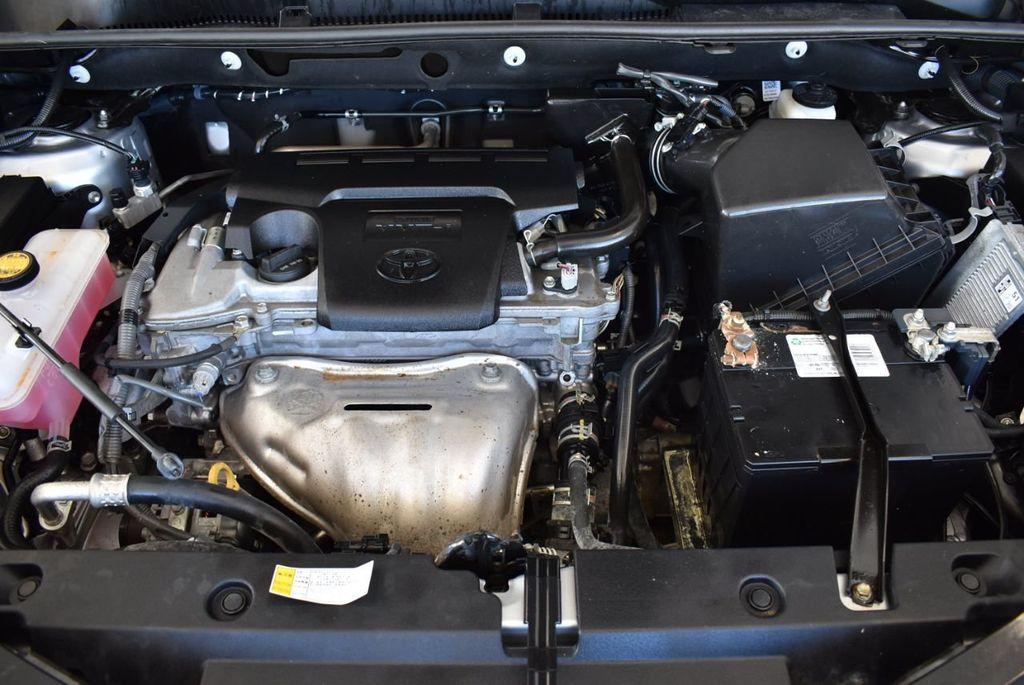 2016 Toyota RAV4 FWD 4dr XLE - 18194304 - 26