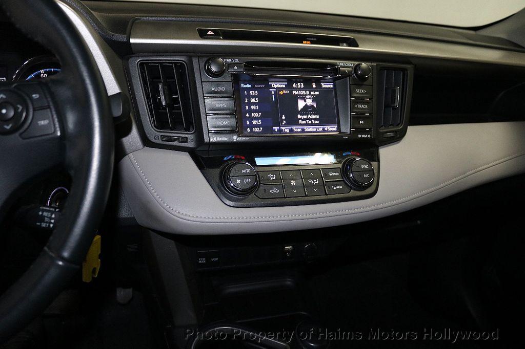 2016 Toyota RAV4 FWD 4dr XLE - 18557864 - 21