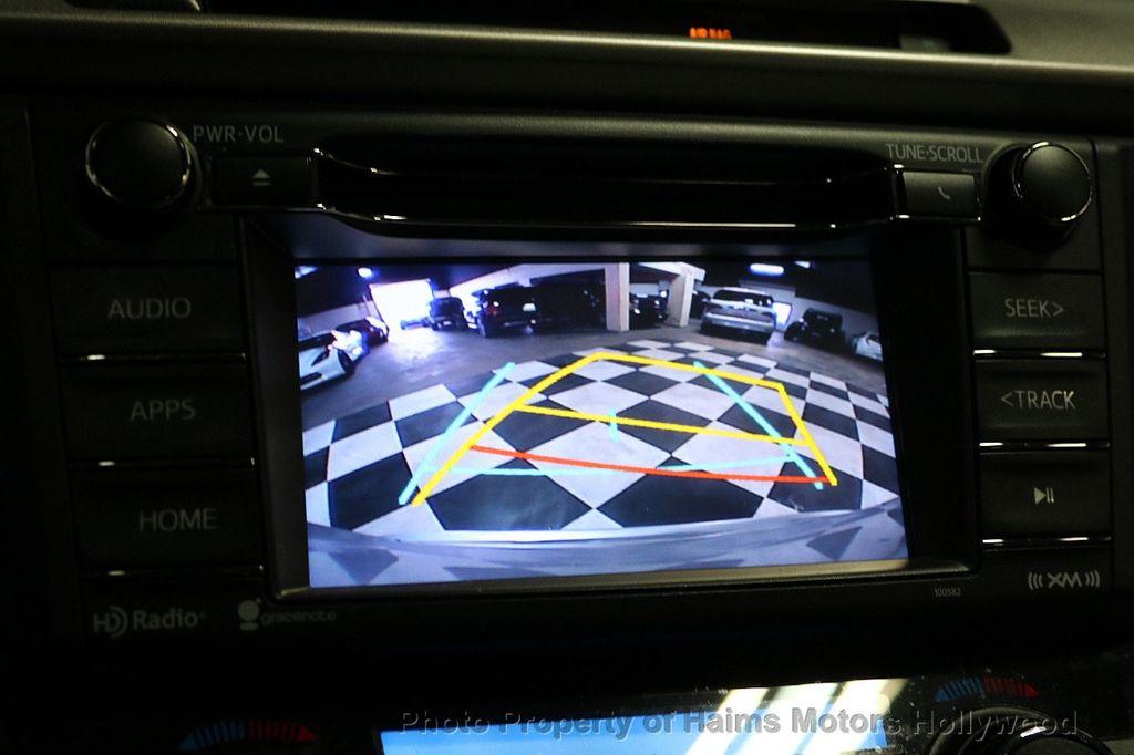 2016 Toyota RAV4 FWD 4dr XLE - 18557864 - 31