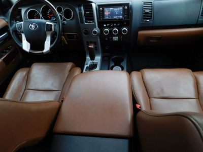 2016 Toyota Sequoia 4WD 5.7L FFV Platinum SUV - Click to see full-size photo viewer