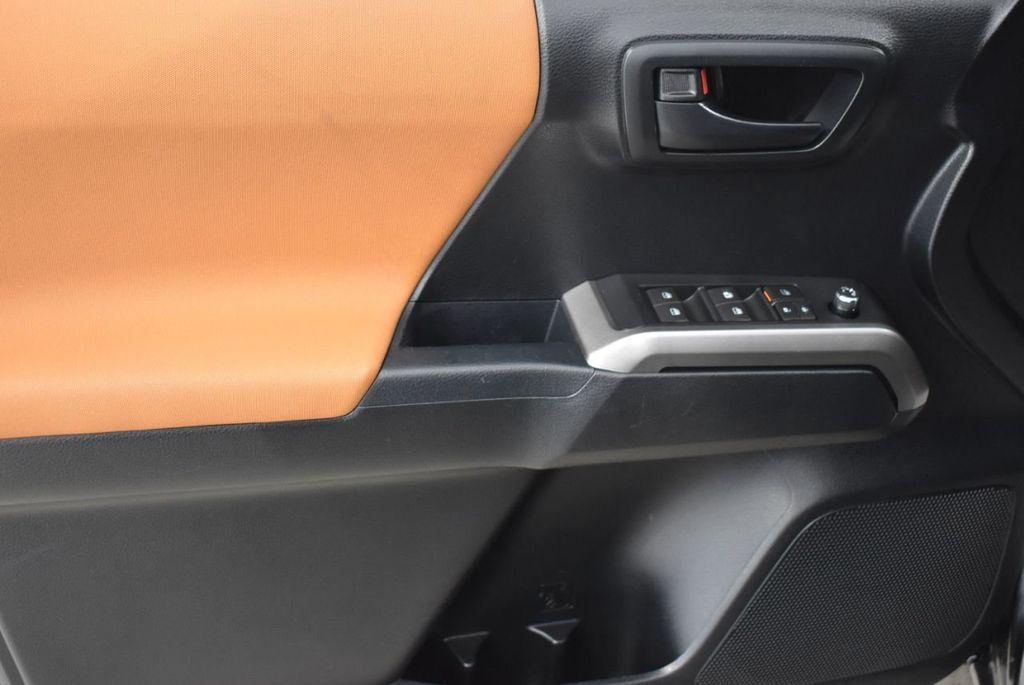2016 Toyota Tacoma  - 18615522 - 12