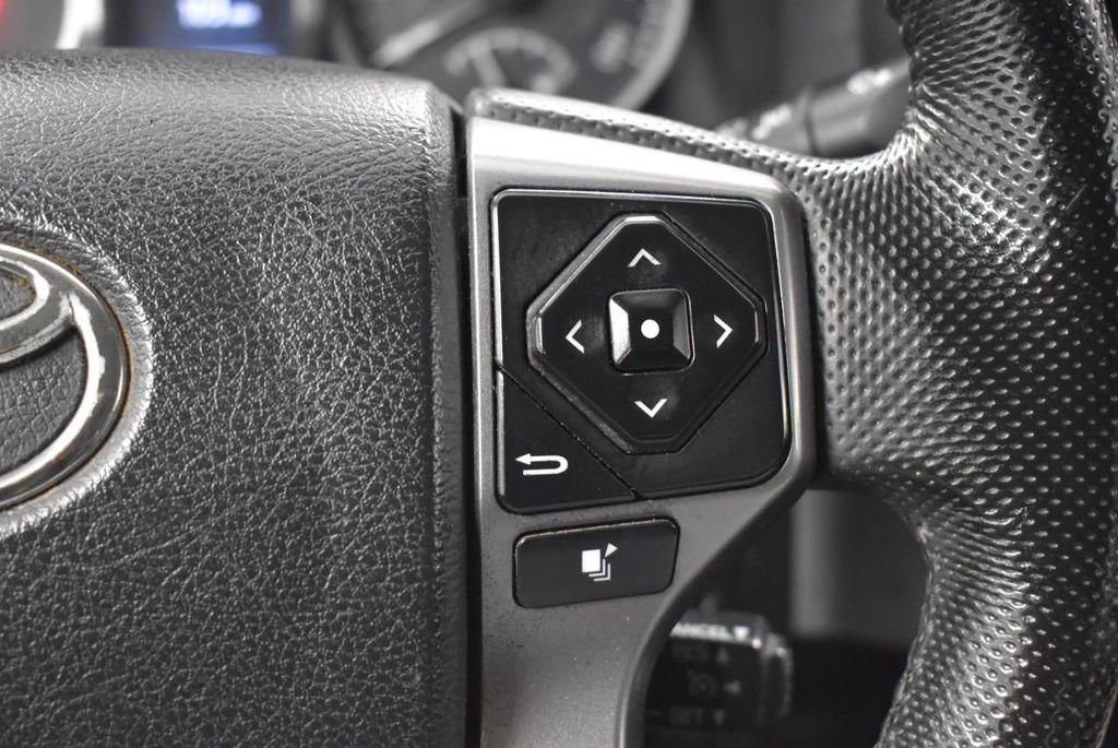 2016 Toyota Tacoma SR5 Double Cab 2WD I4 Automatic - 18436057 - 16