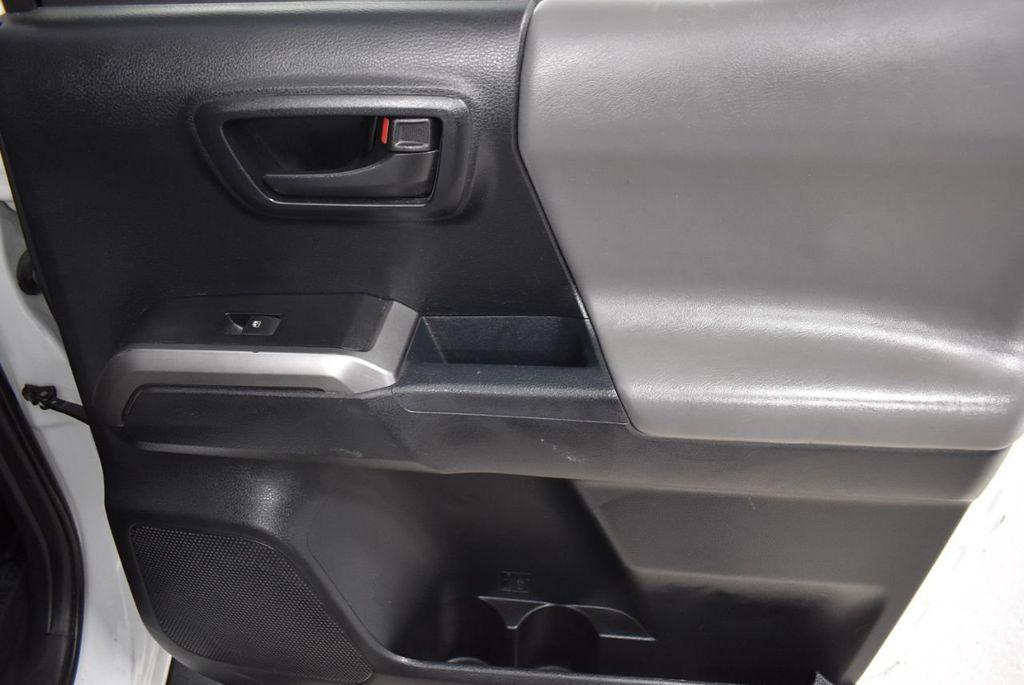 2016 Toyota Tacoma SR5 Double Cab 2WD I4 Automatic - 18436057 - 21