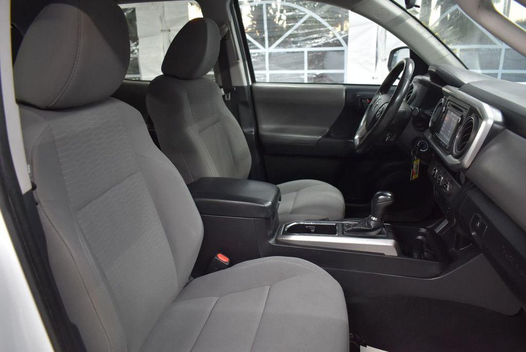 2016 Toyota Tacoma SR5 Double Cab 2WD I4 Automatic - 18436057 - 22