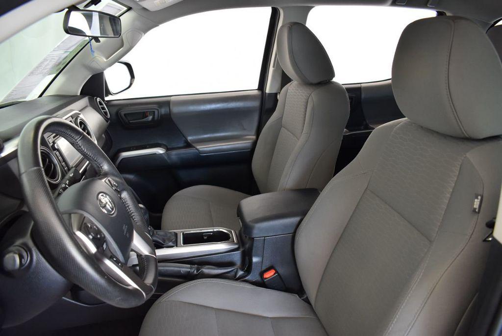 2016 Toyota Tacoma SR5 Double Cab 2WD V6 Automatic - 18194302 - 12