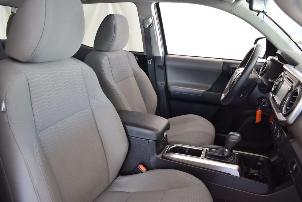 2016 Toyota Tacoma SR5 Double Cab 2WD V6 Automatic - 18194302 - 22