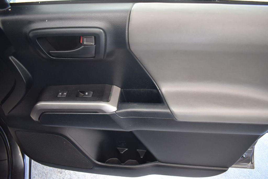 2016 Toyota Tacoma SR5 Double Cab 2WD V6 Automatic - 18194302 - 23