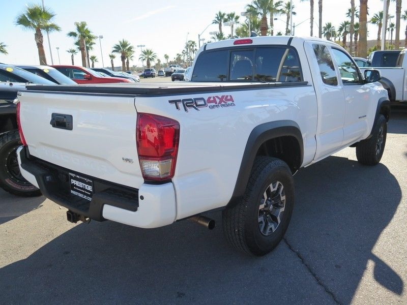 2016 Toyota Tacoma TRD Off-Road Access Cab 4WD V6 Automatic  - 17183373 - 9