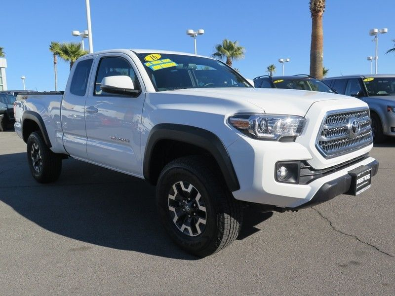 2016 Toyota Tacoma TRD Off-Road Access Cab 4WD V6 Automatic  - 17183373 - 2