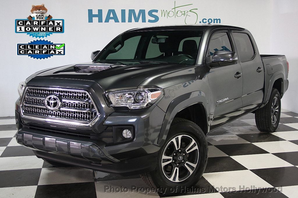 2016 Toyota Tacoma TRD Off-Road Double Cab 2WD V6 Automatic - 16779745 - 0