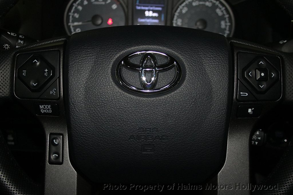 2016 Toyota Tacoma TRD Off-Road Double Cab 2WD V6 Automatic - 16779745 - 26