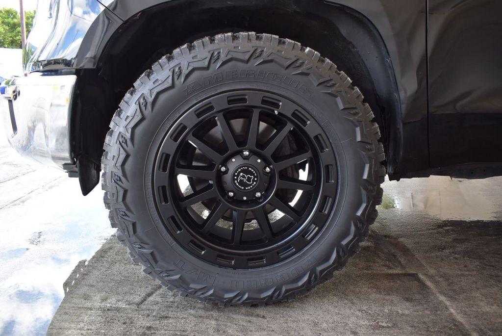 2016 Toyota Tundra Limited CrewMax 5.7L V8 FFV 4WD 6-Speed Automatic LTD - 18246535 - 9