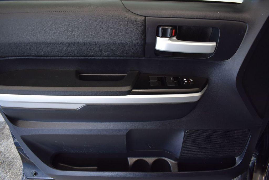 2016 Toyota Tundra Limited CrewMax 5.7L V8 FFV 4WD 6-Speed Automatic LTD - 18246535 - 13