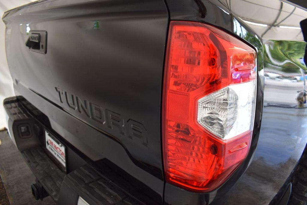 2016 Toyota Tundra Limited CrewMax 5.7L V8 FFV 4WD 6-Speed Automatic LTD - 18246535 - 1