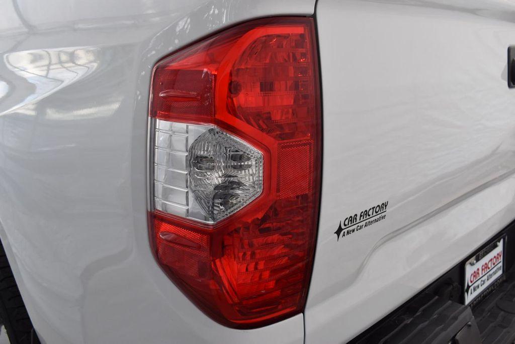 2016 Toyota Tundra Limited CrewMax 5.7L V8 FFV 6-Speed Automatic - 18592358 - 4