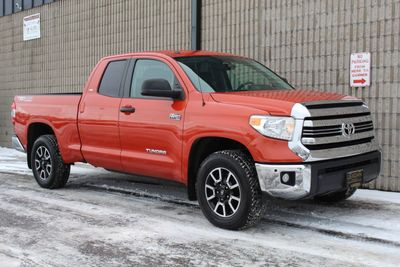 2016 Toyota Tundra ONE OWNER TRD OFF ROAD SR5 DOUBLE CAB  Truck