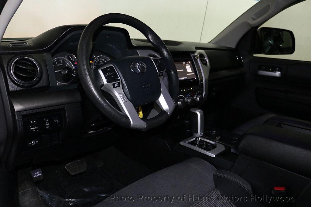 2016 Toyota Tundra SR5 CrewMax 5.7L V8 FFV 4WD 6-Speed Automatic - 18528509 - 19