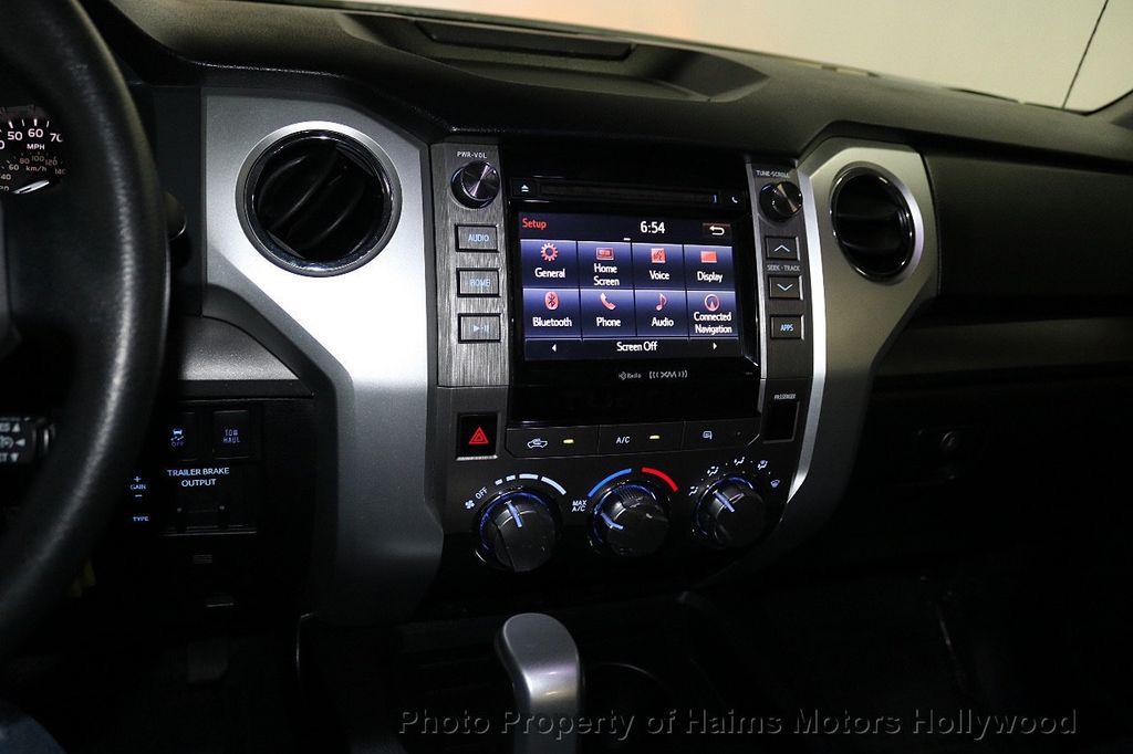 2016 Toyota Tundra SR5 CrewMax 5.7L V8 FFV 4WD 6-Speed Automatic - 18528509 - 20