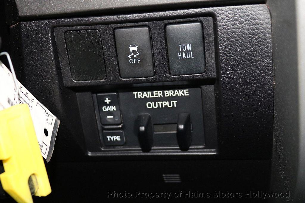 2016 Toyota Tundra SR5 CrewMax 5.7L V8 FFV 4WD 6-Speed Automatic - 18528509 - 24