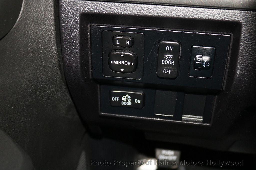 2016 Toyota Tundra SR5 CrewMax 5.7L V8 FFV 4WD 6-Speed Automatic - 18528509 - 25